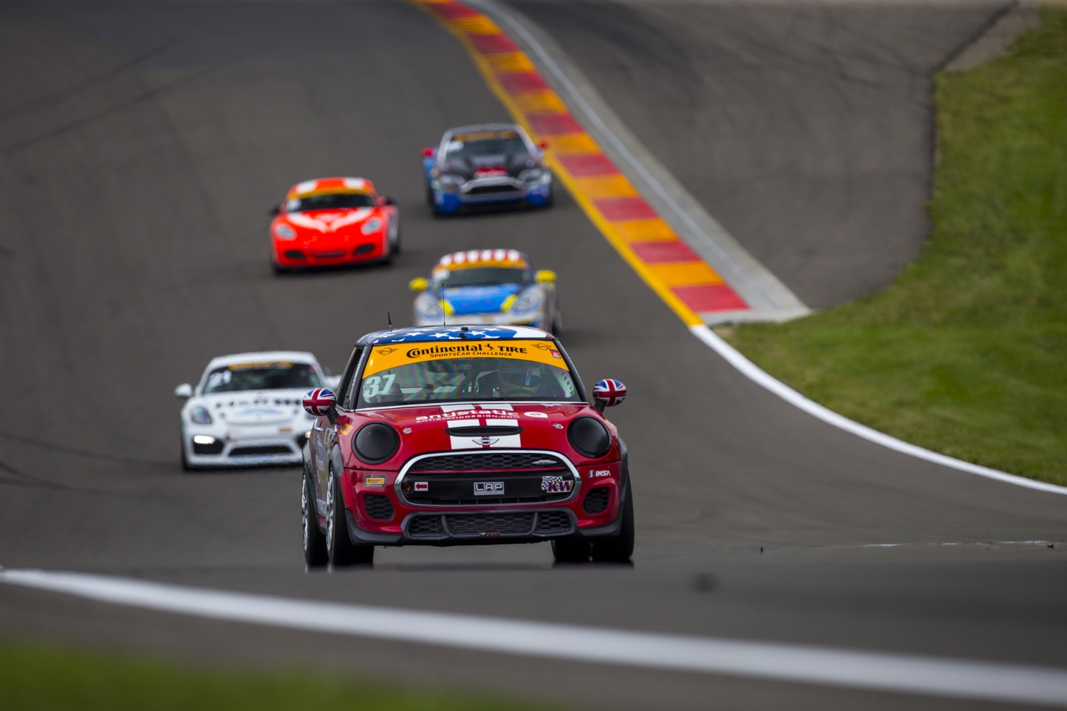 MINI JCW Team Revs Up for Lime Rock after Two Consecutive Commanding Performances