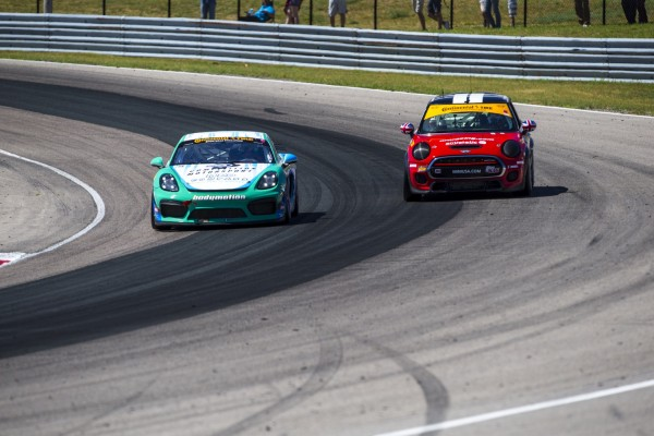MINI JCW Team Finishes Second in Canadian Tire Motorsport Park 120